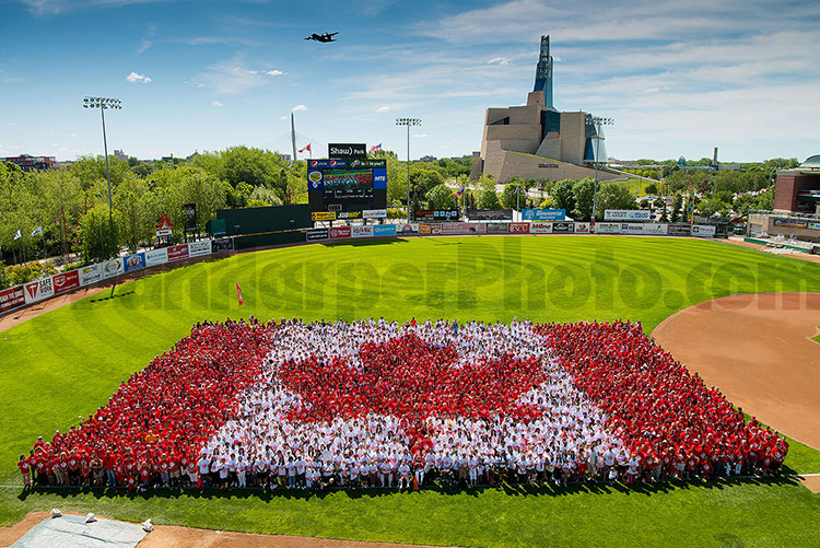 Winnipeg Living Flag 2016